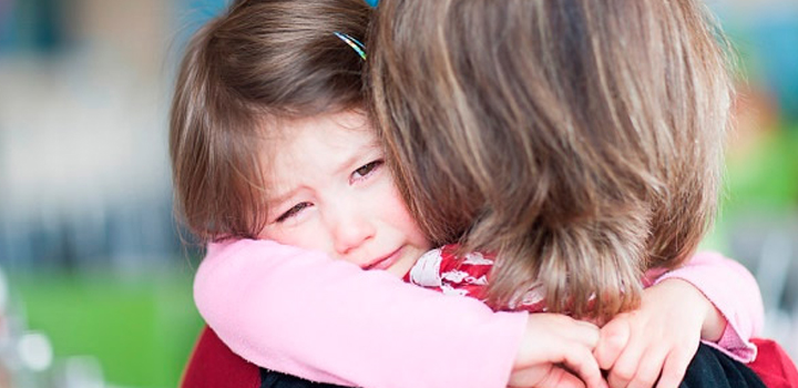 Ребенок плачет и не хочет идти в садик